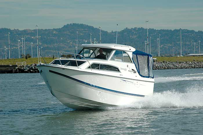 24 feet Bayliner Discovery 2008 Test Ride